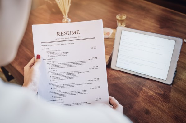 to write standout customer service resume examples templates build uconn help iit madras Resume Build Resume Customer Service